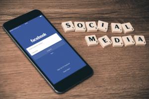 contenu web social media facebook